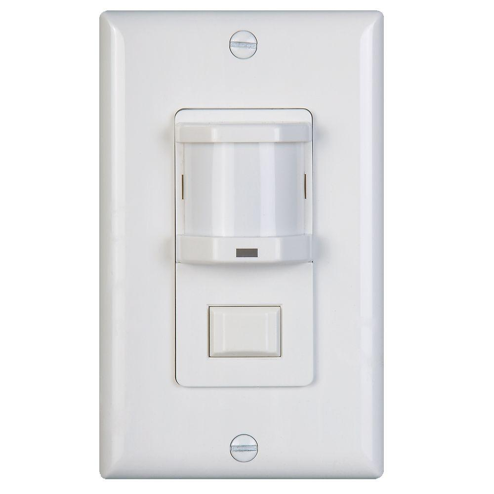 500-WATT OCCUPANCY MOTION SENSOR WITH PASSIVE INFRARED